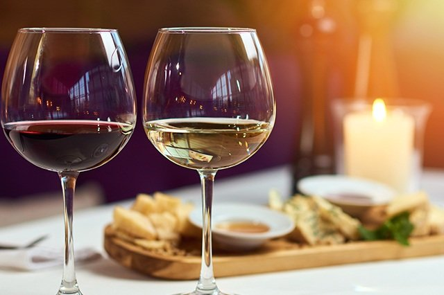 Delta i vinprovning med Aveqia | Magzination