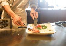Avnjut god lunch i Huddinge i en trevlig miljö eller beställ catering smidigt direkt till kontoret | Magzination
