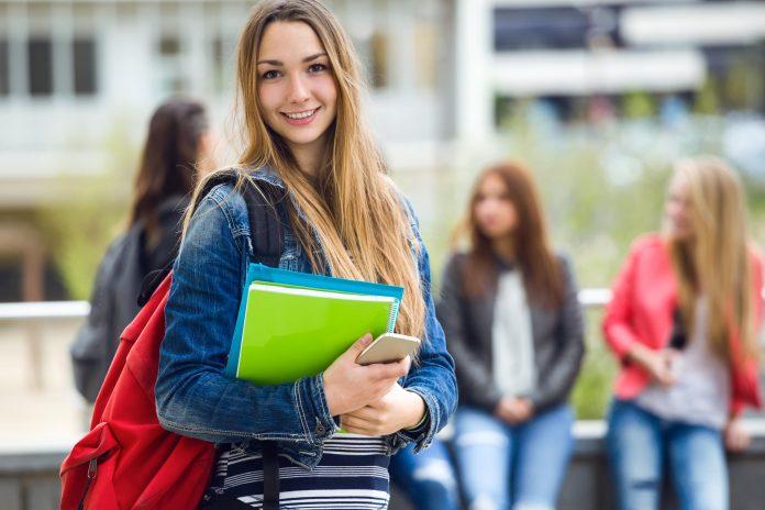 kurslitteratur för universitet, studenter